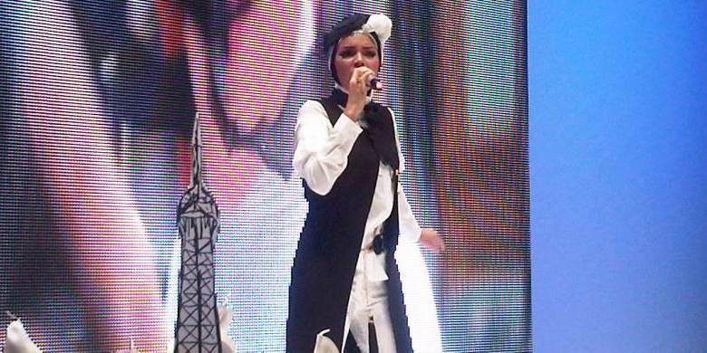 Dewi Sandra Ramadhan Pertama Dengan Hijab