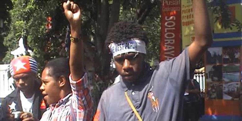 Demonstrasi Mahasiswa Papua di Solo, (Kompas)
