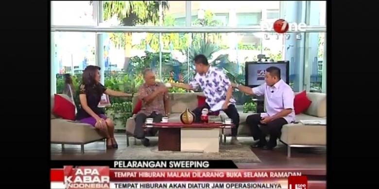 Kronologi penyiraman air teh oleh Juru bicara Front Pembela Islam (FPI) Munarman terhadap sosiolog Tamrin Amal Tamagola