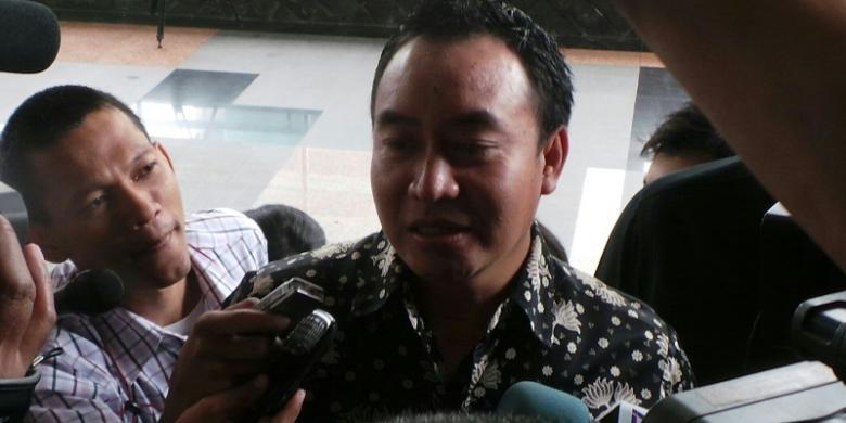 Image result for Sekretaris Fraksi Demokrat, Didik Mukrianto
