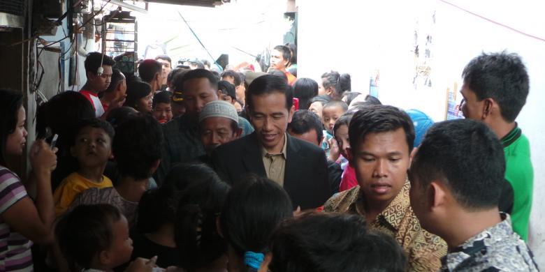 Kinerja Jokowi amburadul,jangan nyalon presiden dulu...