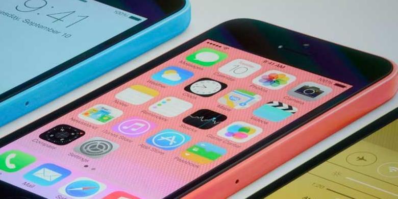 """Apple Resmikan """"iPhone Murah"""""""