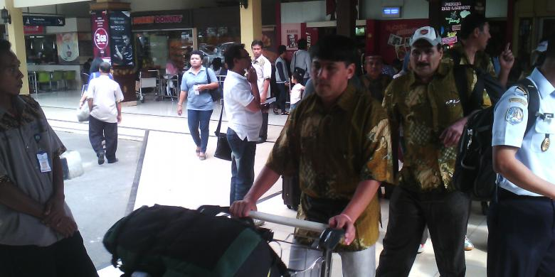 how to get from adisutjipto to yogyarkarta