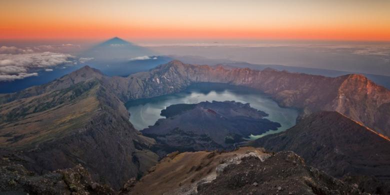 Pendakian Gunung Rinjani Resmi Ditutup Hingga 31 Maret