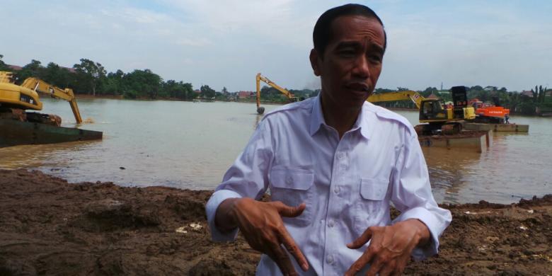 Mau Jadi Capres? Warga Ingin Lihat Jokowi Jadi Imam Shalat Dulu