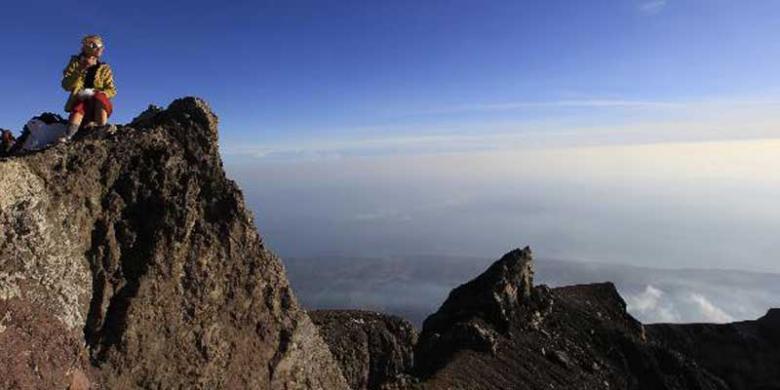 Teknik Aklimatisasi Untuk Menghindari AMS Saat Mendaki Gunung