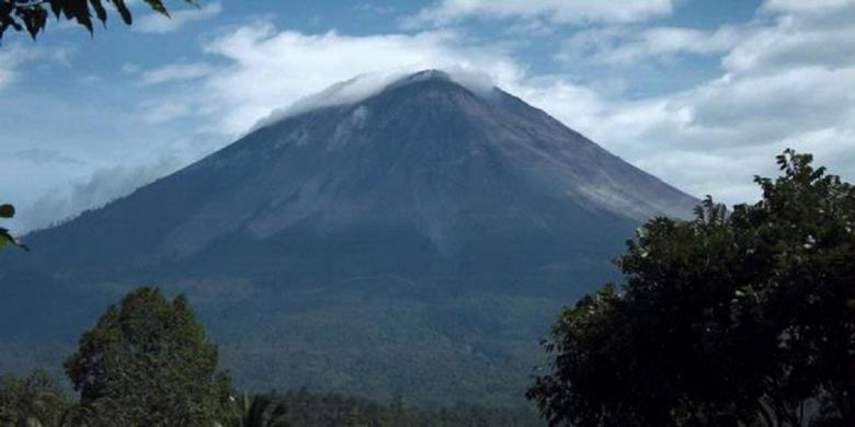 Pendakian Gunung Semeru Ditutup 3 Bulan