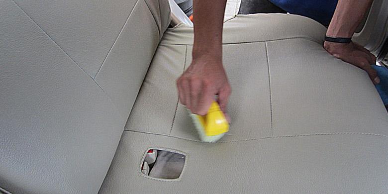 Tips Merawat Jok Sintestis Mobil
