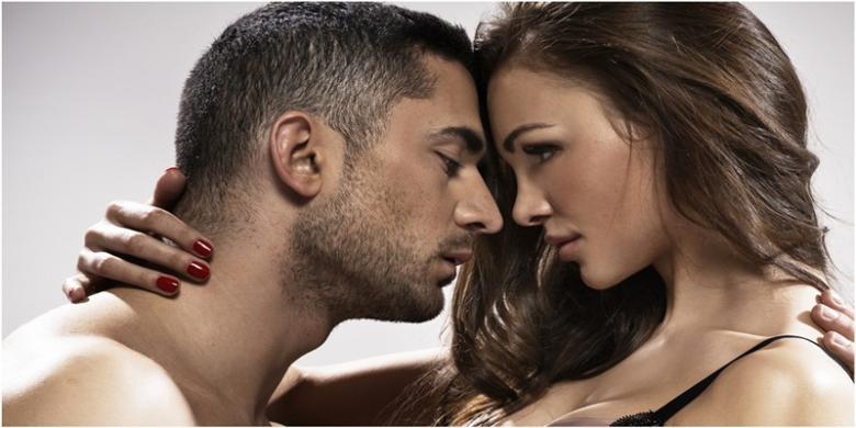 8 Adegan Seks yang Hanya Terjadi di Film Porno