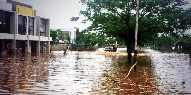 Foto Banjir Cileduk 2014 DKI Jakarta