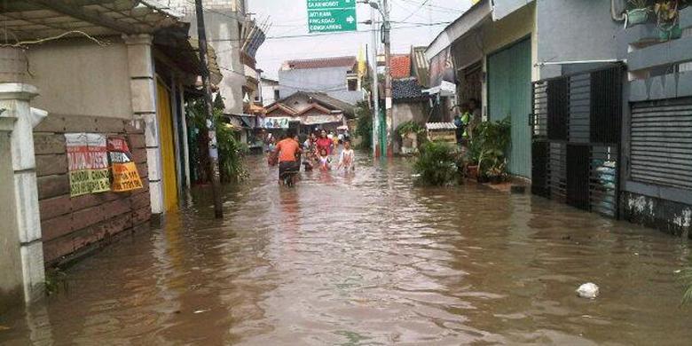 Kumpulan Foto Banjir Jakarta 2014 Twitter Gambar Banjir
