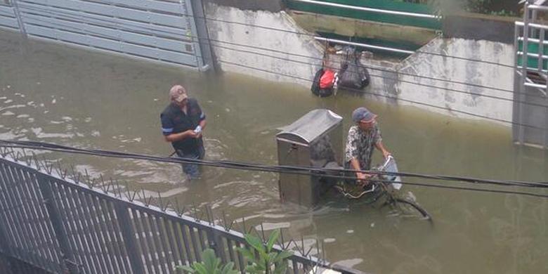Foto Banjir Jakarta Barat 2014