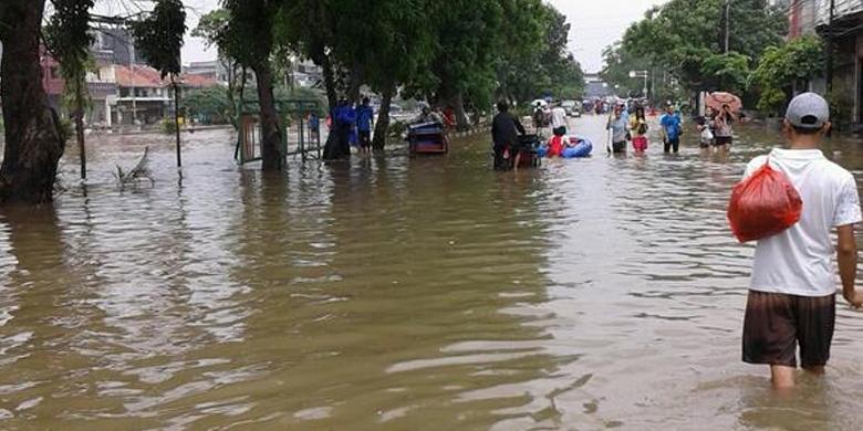 Foto Banjir Tubagus Angke Jakarta 2014