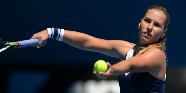 Kalahkan Kerber, Cibulkova Juara WTA Finals