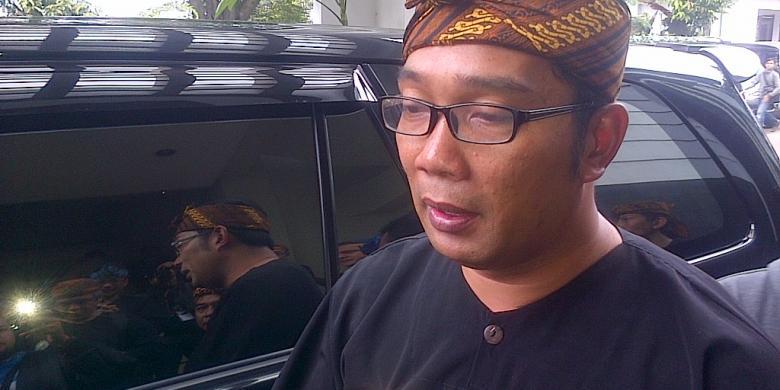 Ridwan Kamil's park Ranger, pasukan pembersih taman Bandung !