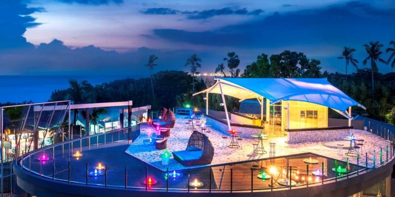 Le Meridien Bali Jimbaran Smoqee Sky Bar di Le Meridien Bali Jimbaran