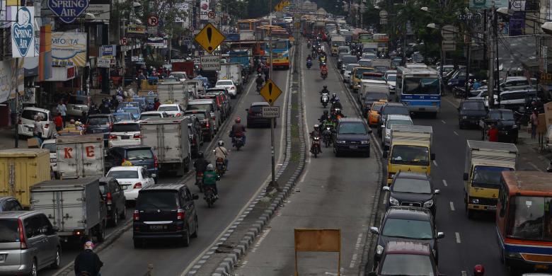 Kendaraan Masuk Jalur Transjakarta Bakal Denda di Tempat, kecuali...
