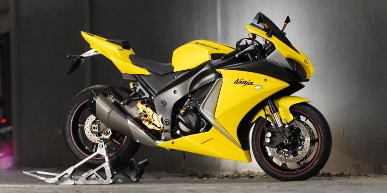 Foto sepeda motor ninja 44