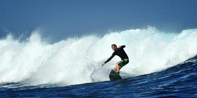 """Indonesia Destinasi """"Surfing"""" Populer Untuk Turis Norwegia"""