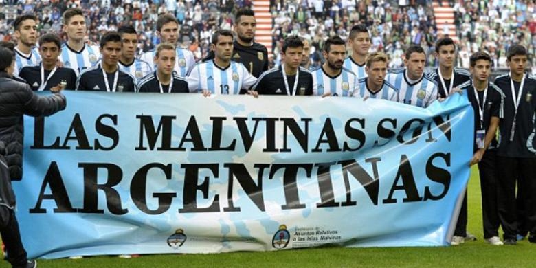 Tim Sepak Bola Argentina  Dirampok Di Meksiko