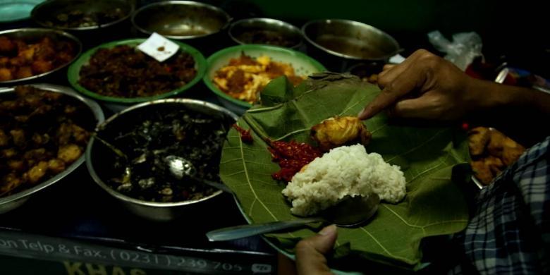 """""""Nyaaaam"""", Ini 5 Kuliner Khas Wajib Santap di Cirebon"""