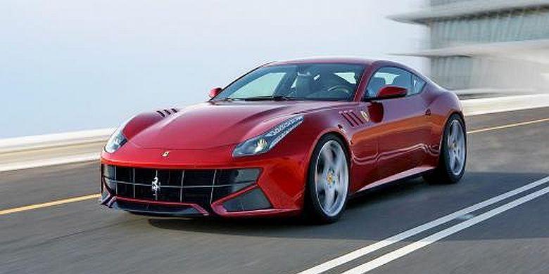 Lariskah Mobil Keluarga Milik Ferrari?