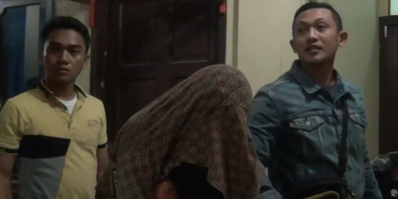 Pasangan Mesum Di Kamar Mandi Rumah Sakit Umum Daerah Gunungsitoli