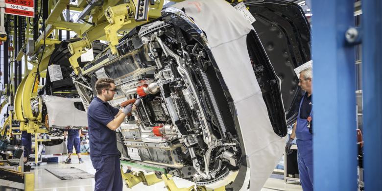 Mercedes Pertahankan Pabrik Sedan Di Indonesia