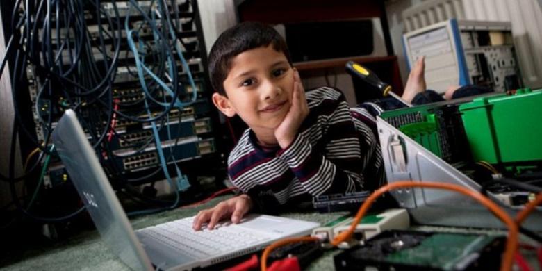 Bocah 5 Tahun Jadi Pakar Microsoft Termuda di Dunia