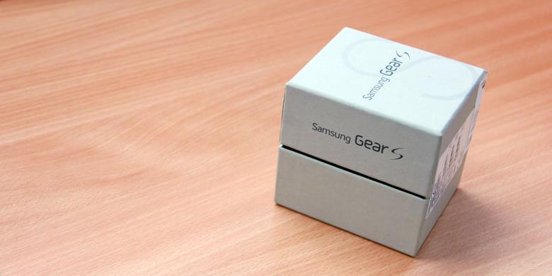 """""""Unboxing"""" Jam Tangan Samsung Gear S"""