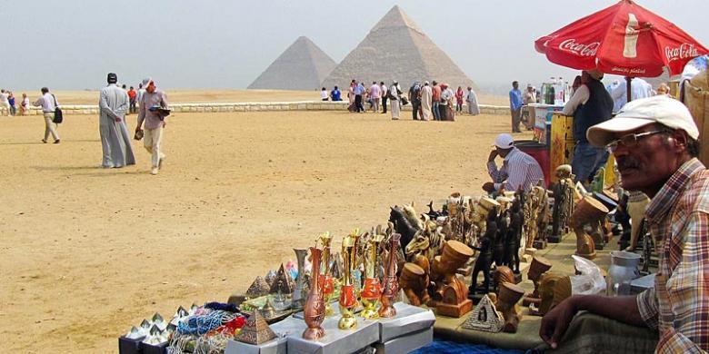 Bom di Dekat Piramida Giza, 6 Orang Tewas