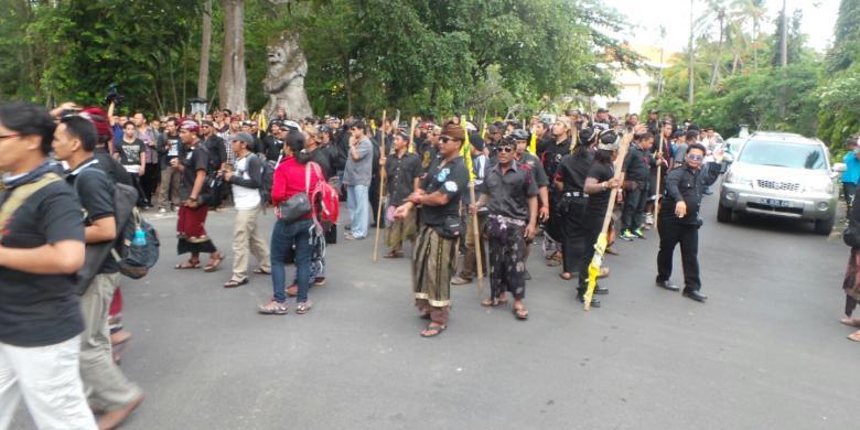 "Berita terbaru: Lokasi Munas Golkar Sempat ""Memanas"" dengan Konsentrasi Massa"