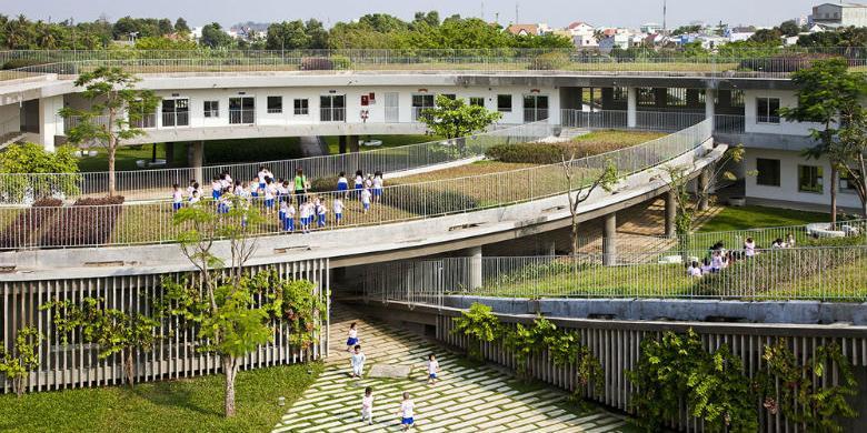 Sekolah Berkonsep Green Mengajak Anak Tk Kembali Bertani Gambar Gedung
