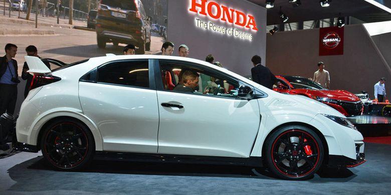 Melihat Prosesi Kelahiran Honda Civic Type R