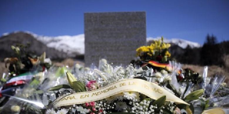 Isu terkait Mesin Pesawat Paling Menyeramkan bagi Warga AS