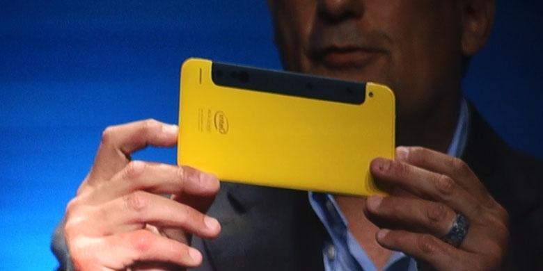 Intel Buat Kamera 3D Untuk Ponsel