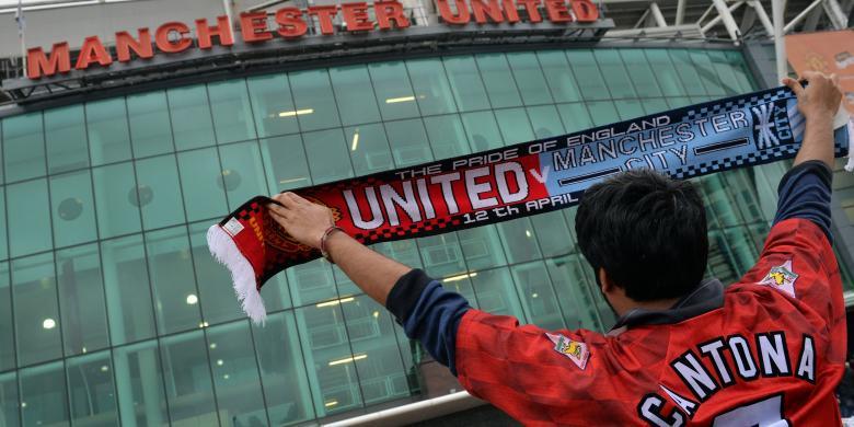 Manchester United Raup Rp 9,8 Triliun