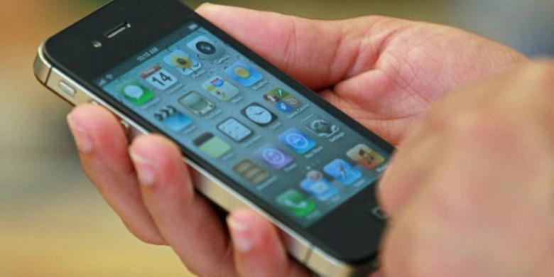 """Telkomsel Blokir Nomor Telepon """"Spam"""" Dengan Awalan 77"""