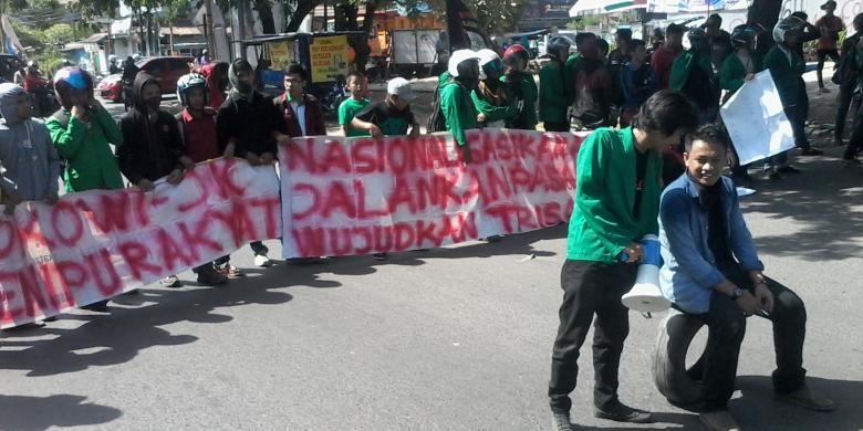 Revolusi, Revolusi, Jokowi-JK Harus Turun!
