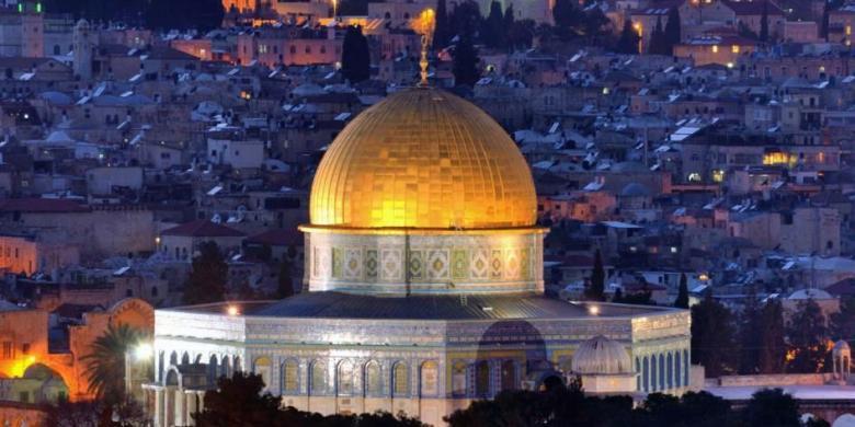 Hasil gambar untuk masjid al aqsa palestina