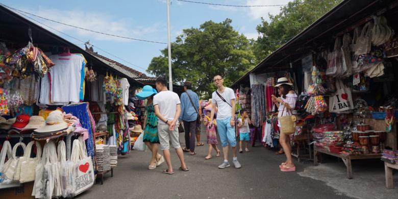 Kunjungan Turis China Dan Australia Ke Bali Menurun