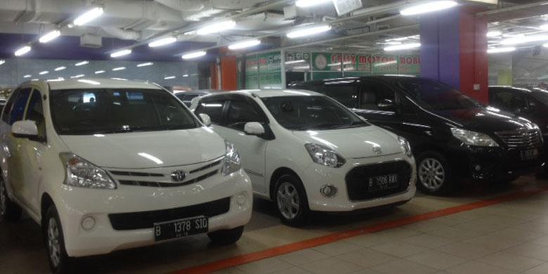 Mobil Murah Bekas Sedang Turun Harga