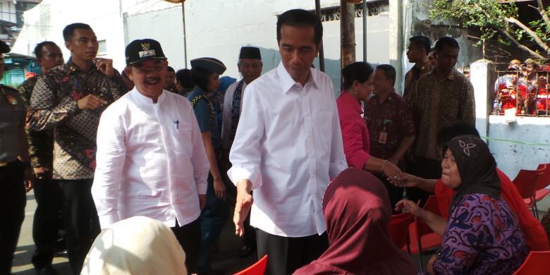 Jokowi: Kalau Kereta Cepat Pakai APBN, Mending Bangun Kereta di Papua