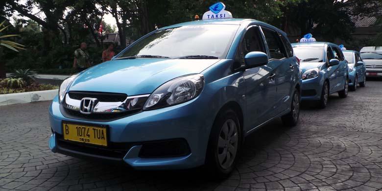 Honda Tak Paksa Mobilio Jadi Taksi