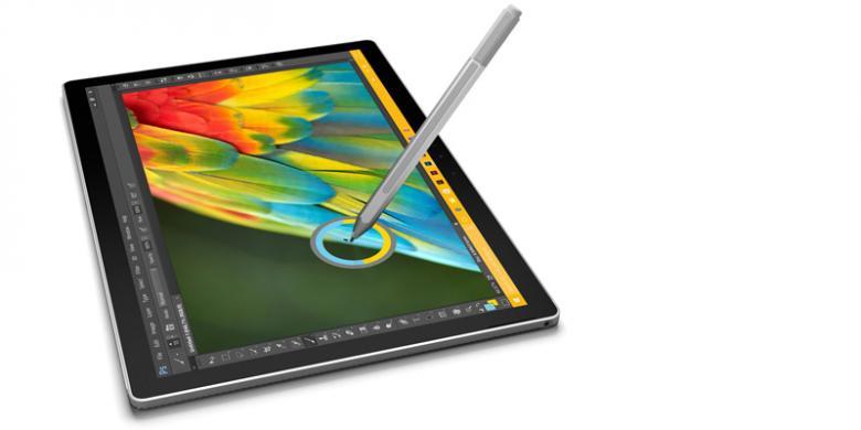 Microsoft Rilis Laptop Pertamanya Dua Kali MacBook Pro