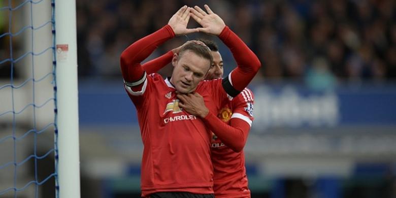 Wayne Rooney mengantarkan Manchestet United menang di gol kandang Everton, Sabtu (17/10/2015).