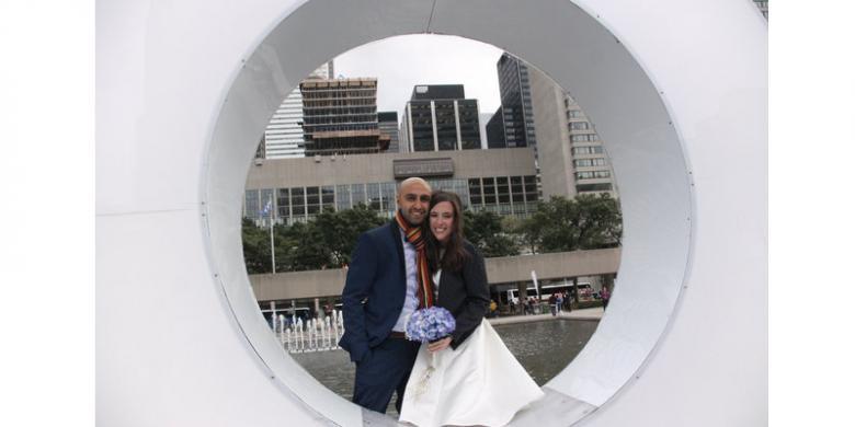Pernikahan Mewah Batal, Pasangan Kanada Ini Pilih Sumbang Uang untuk Pengungsi Suriah