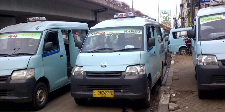Angkot dan Bus Bandel, Jadi Target Operasi Zebra Jaya