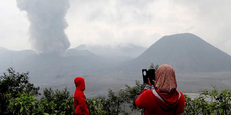 Gunung Bromo Berstatus Siaga, Ini Titik Aman Untuk Wisatawan