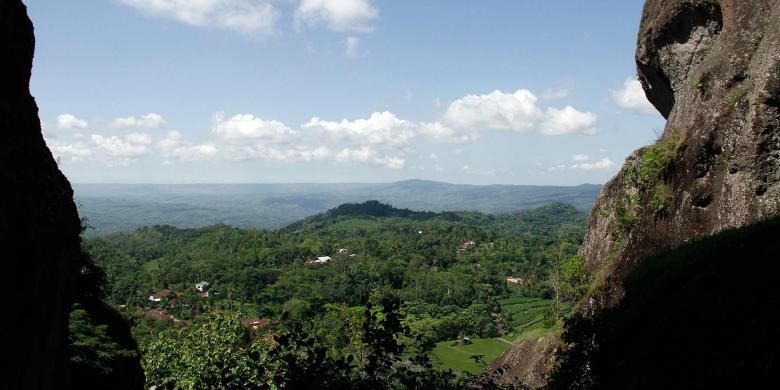 """5 Tempat Terbaik Melihat """"Sunrise"""" Di Yogyakarta"""